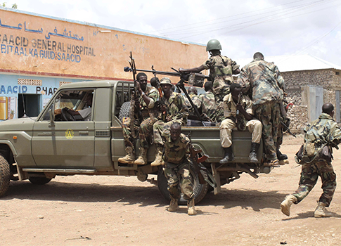 Somali government soldiers / AP